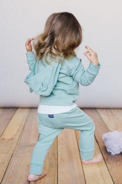 Bluza z kapturem i spodenki z gumką zielone