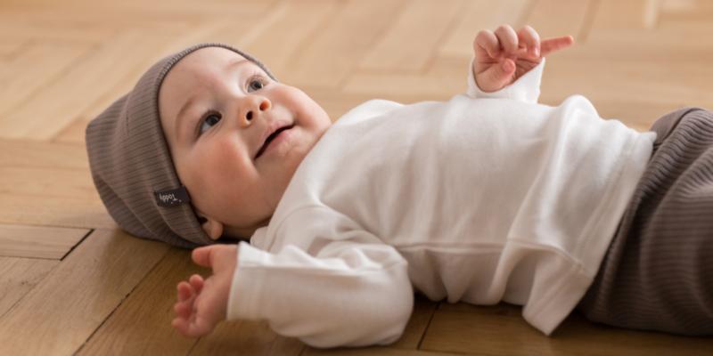 Bluzki dla niemowlat. Fikusne kieszonki, modne wzory.