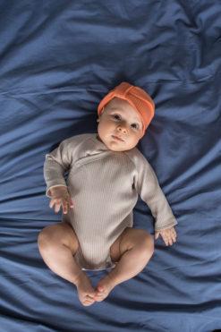 Kopertowe body dla niemowląt - prążki - piaskowe