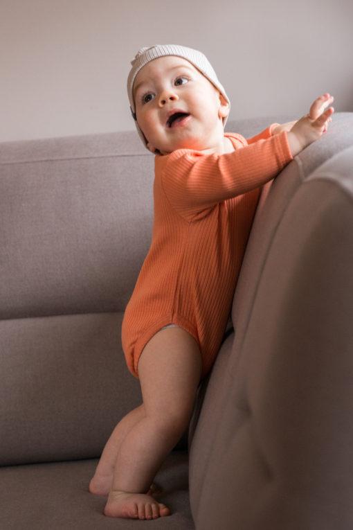 Prążkowane body dla niemowląt - pomarańczowe